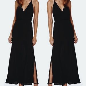 • nwot ➳ lush plunge maxi gown •